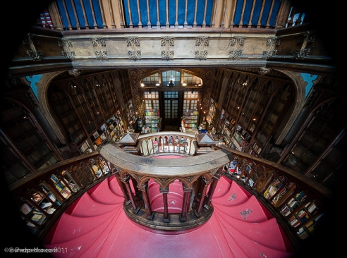 Livraria Lello. Porto, Portugal